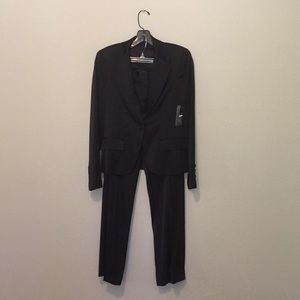 NWT THEORY Pant Suit, Black